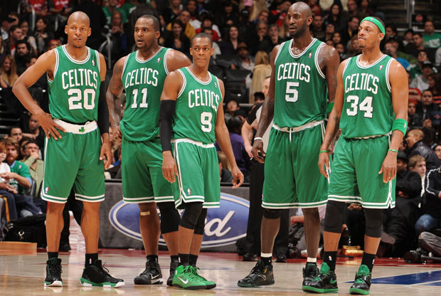 Ray Allen, Glen Davis, Rajon Rondo, Kevin Garnett y Paul Pierce, de Boston Celtics./ Getty Images
