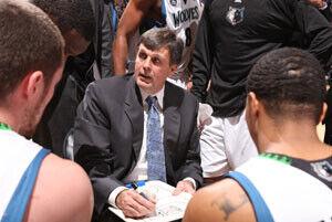Kevin McHale, en su etapa como entrenador de los Minnesota Timberwolves./Getty Images