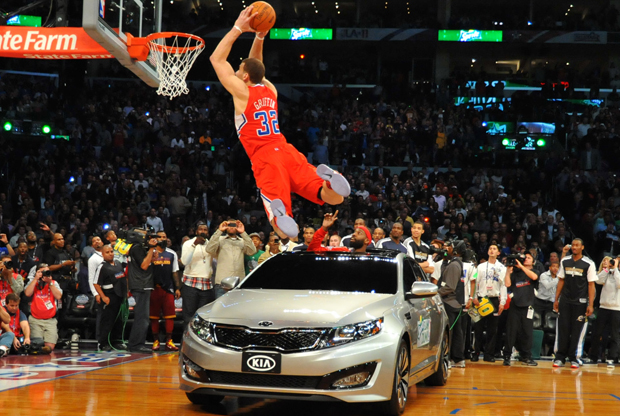 Blake Griffin en uno de sus mates del Sprite Slam Dunk Contest de 2011./ Getty Images