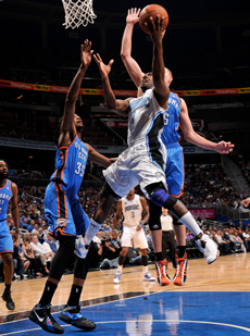 Gilbert Arenas (Orlando Magic) frente a Kevin Durant (Oklahoma City Thunder)./ Getty Images