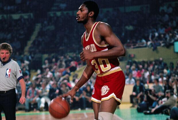 Mike Mitchell durante su etapa en los Cleveland Cavaliers - 1981./ Getty Images