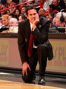 Erik Spoelstra, entrenador de los Heat de Miami./Getty