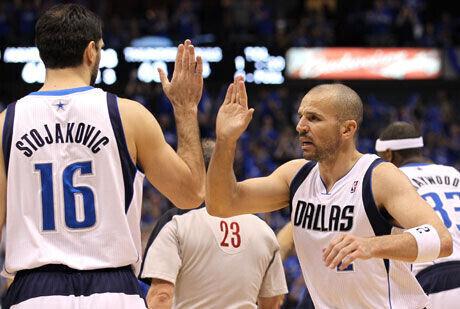 Jason Kidd y Peja Stojakovic, dos activos de los Mavs./Getty