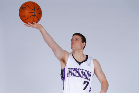 Jimmer Fredette, un anotador para los Kings./Getty