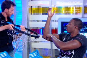 Dwight Howard con Pablo Motos./ Foto:Cuatro.com