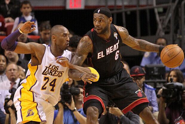 LeBron James (Miami Heat) y Kobe Bryant (Los Angeles Lakers)./ Getty Images