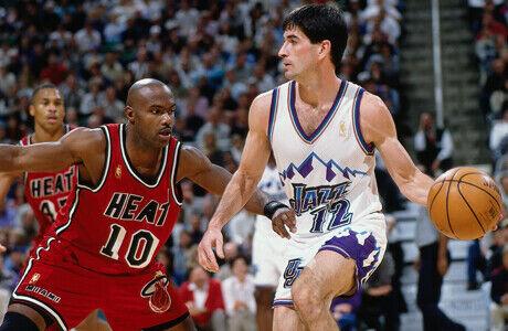 John Stockton (Utah Jazz) frente a Tim Hardaway (Miami Heat)./ Getty Images