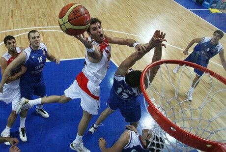 Rudy Fernández realiza una bandeja en la final del 2009 ante Serbia./FIBA Europe