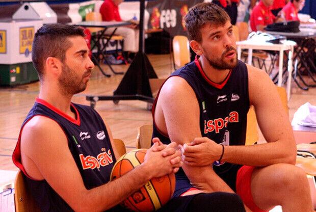 Juan Carlos Navarro y Marc Gasol./Foto FEB
