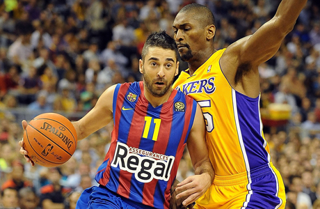 Juan Carlos Navarro y Ron Artest./ Getty Images