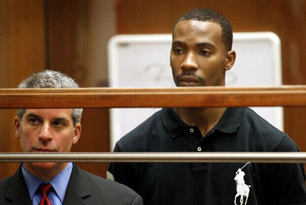 Javaris Crittenton junto a su abogado Brian Steel./ Getty Images