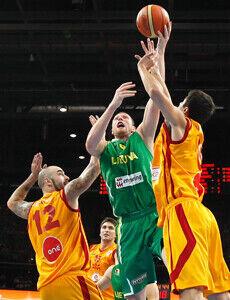 Macedonia - Lituania./ FIBA
