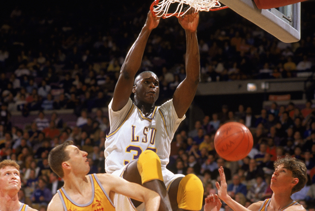 Shaquille O'Neal con los Lousiana State University Tigers./ Getty Images