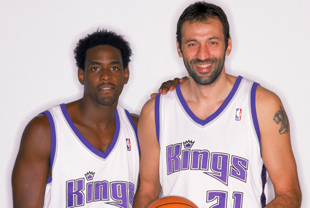Vlade Divac y Chris Webber./ Getty