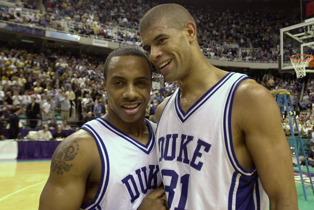 Jay Williams junto a Shane Battier (Duke)./ Getty Images