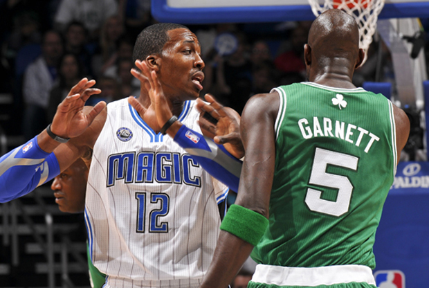 Dwight Howard y Kevin Garnett./ Getty Images