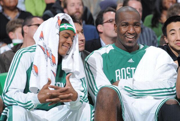 Rajon Rondo y Kendrick Perkins./ Getty Images