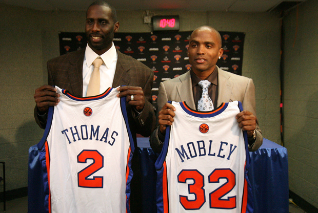 Tim Thomas y Cuttino Mobley (New York Knicks)./ Getty Images