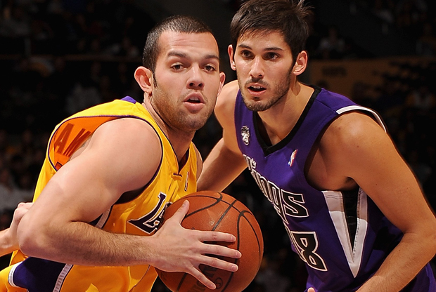 Jordan Farmar y Omri Casspi./ Getty Images