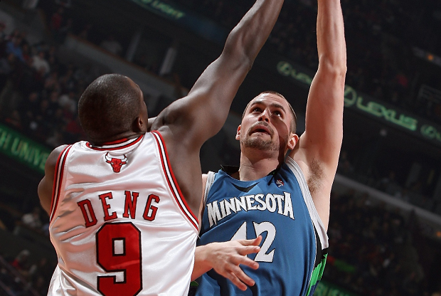 Luol Deng y Kevin Love./ Getty Images