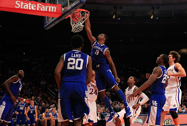 Los Wildcats de Kentucky derrotaron a  Kansas Jayhawks en el 2011 State Farms Champions./ Getty