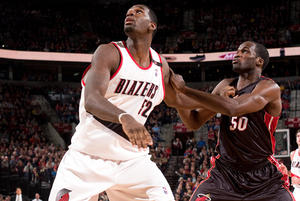 Greg Oden y Joel Anthony./ Getty Images