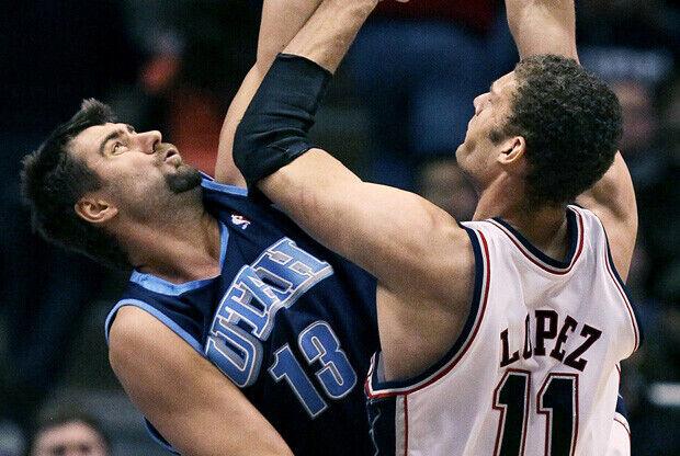 Okur suplirá en los Nets la baja por lesión de López./ Getty