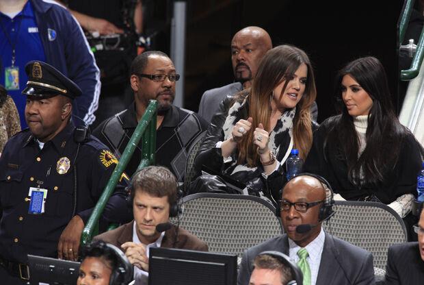 Khloe y Kim Kardashian./ Getty Images