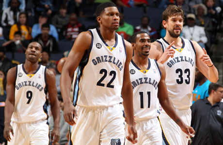 Rudy Gay #22, Mike Conley #11, Marc Gasol #33 y Tony Allen #9./ Getty Images