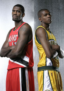 Greg Oden #52 - Portland Trail Blazers - y Kevin Durant #35 - Seattle SuperSonics - ./ Getty Images