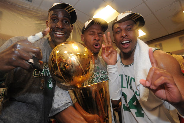 Kevin Garnett #5, Ray Allen #20 y Paul Pierce #34./ Getty Images