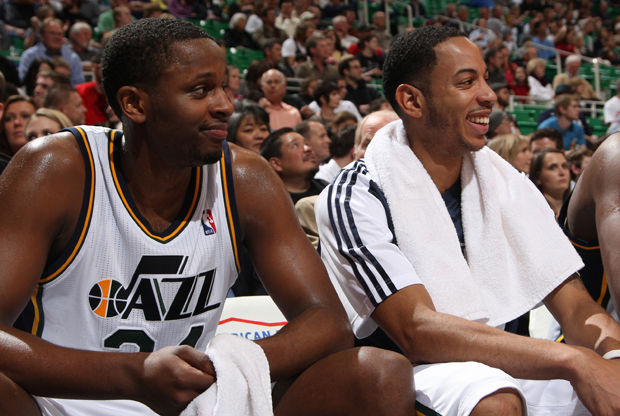 C.J. Miles y Devin Harris./ Getty Images