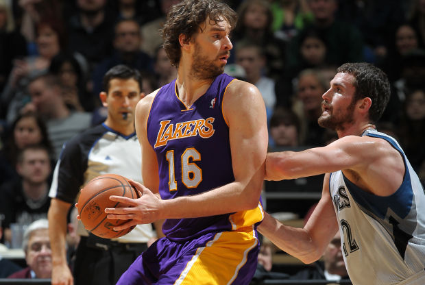 Pau Gasol y Kevin Love./ Getty Images