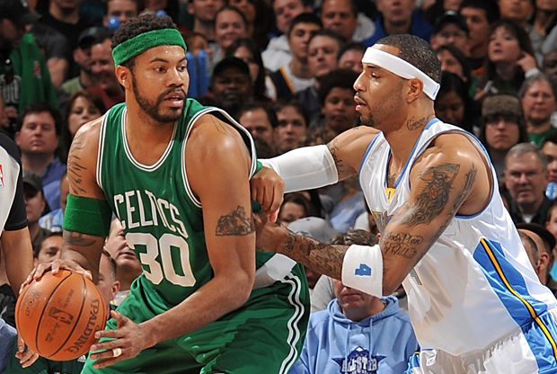 Kenyon Martin y Rasheed Wallace./ Getty Images