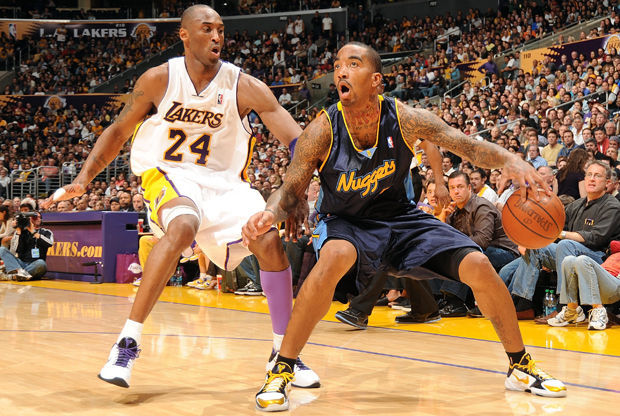 J.R. Smith y Kobe Bryant./ Getty Images
