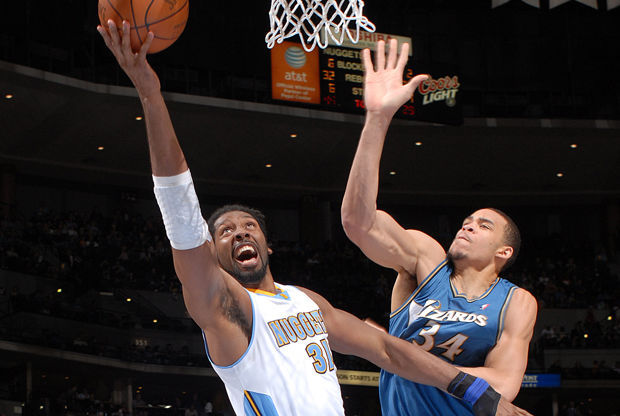 Nene y Javale McGee./ Getty Images
