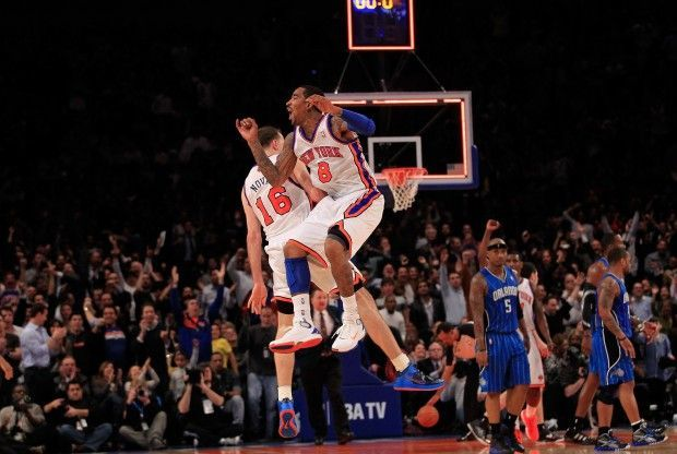 Steve Novak y JR Smith./ Getty Images