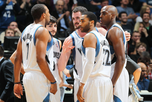 Kevin Love #42, Ricky Rubio #9, Derrick Williams #7, Wayne Ellington #22 y Anthony Tolliver #44./ Getty Images