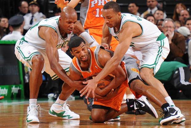Ray Allen #20 y Avery Bradley #0./ Getty Images