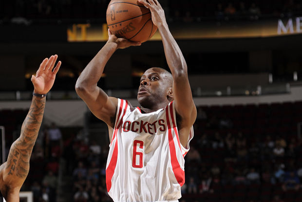 Earl Boykins./ Getty Images