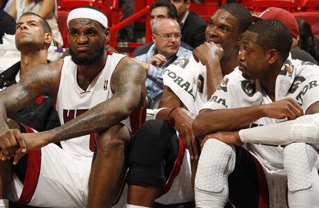 LeBron James #6, Chris Bosh #1 y Dwyane Wade #3./ Getty Images