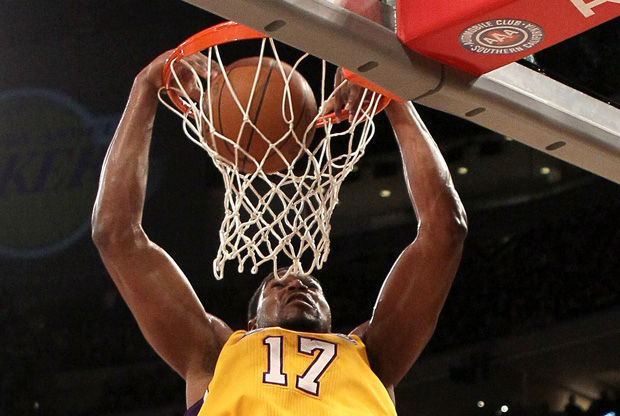 Andrew Bynum./ Getty
