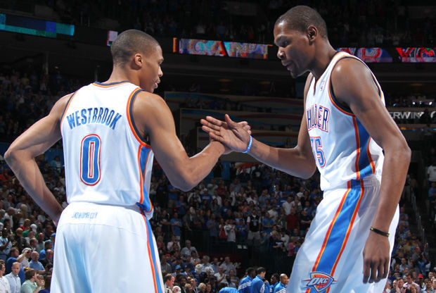 Russell Westbrook y Kevin Durant./ Getty