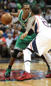 Rajon Rondo y Jeff Teague./ Getty Images