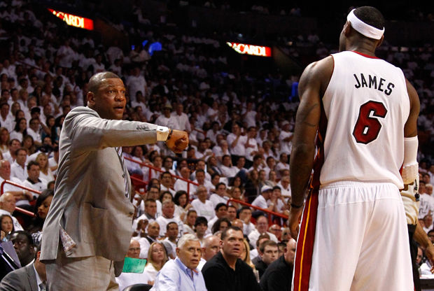 Doc Rivers y LeBron James./ Getty Images