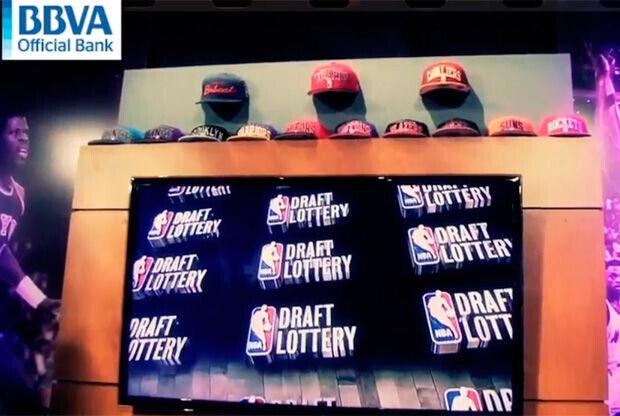 Parte del escenario la Lotería del Draft