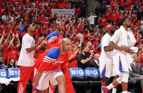 Los Clippers en pleno estallido de júbilo./ Getty