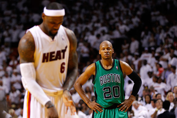 Ray Allen y LeBron James./ Getty Images