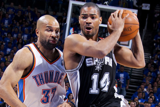 Gary Neal y Derek Fisher./ Getty Images