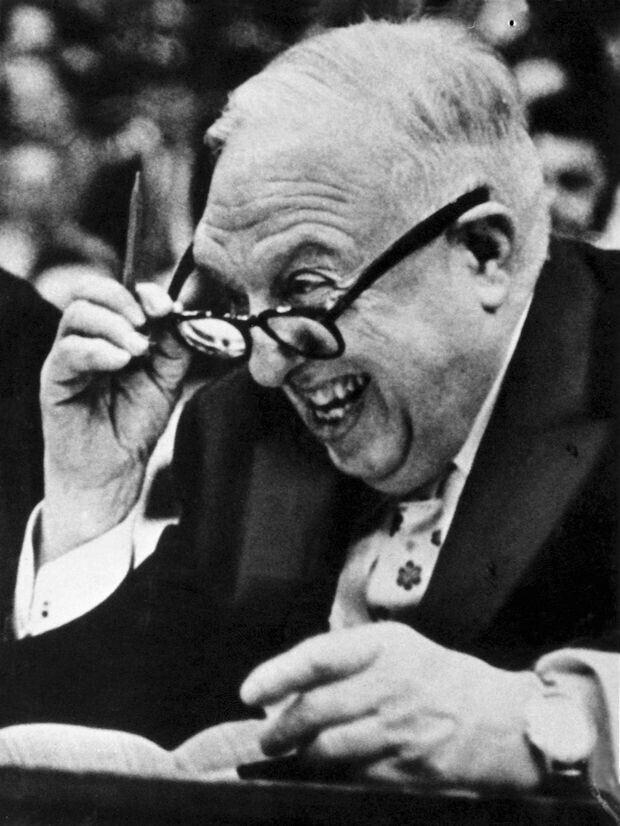 Maurice Podoloff, primer presidente de la NBA./ Getty Images